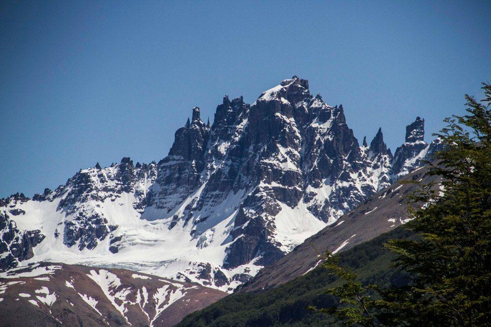 mountains-range-coyhaique
